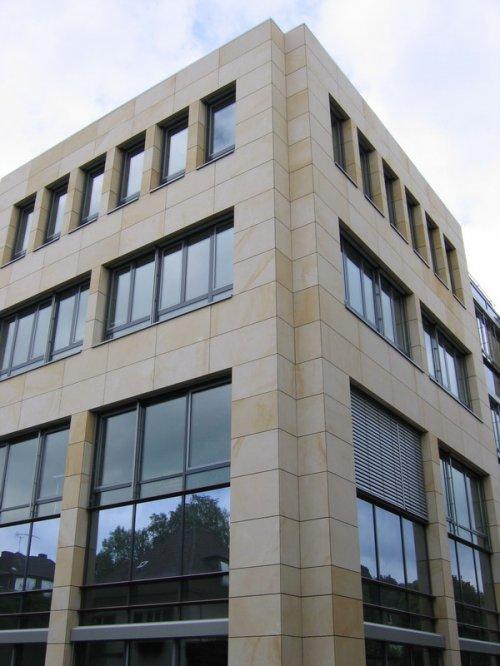 sandsteinfassaden sandsteinfassade kreissparkasse s. Black Bedroom Furniture Sets. Home Design Ideas