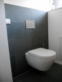 WC In Einfamilienhaus FliesenNaturstein Michael Knöll - Eckschienen fliesen